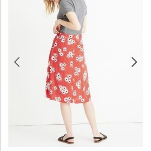Madewell red floral skirt